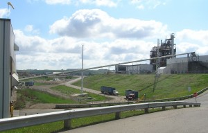 Transfer conveyor between MSW processing and Enerkem facility